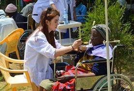 Gezondheidszorg jongerenreizen in de zomervakantie: Kenia