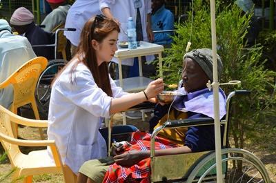 Leer de gezondheidszorg van Kenia kennen tijdens de jongerenreis geneeskunde.
