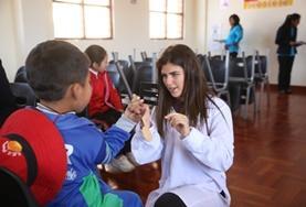 Help als geneeskunde vrijwilliger mee bij medical outreaches naar scholen in Peru.