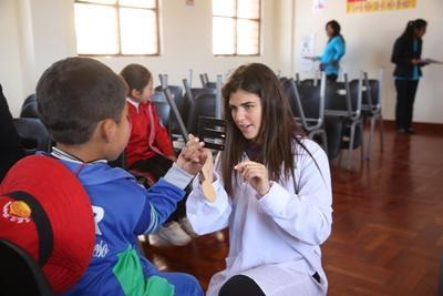 Zet je eerste stappen in de medische wereld tijdens de jongerenreis naar Peru.