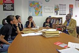 Tijdens deze mensenrechten groepsreis voor jongeren naar Zuid-Afrika kun je veel leren van lokale advocaten.