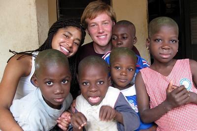 Werk met kinderen in Togo