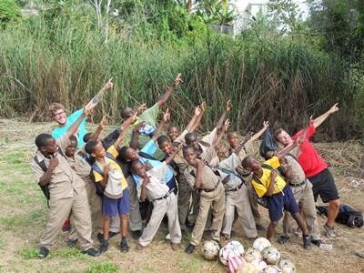 Jongerenreis sport project in Jamaica