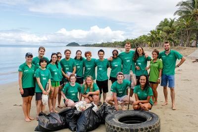 Projects Abroad vrijwilligers bij het natuurbehoud project in Fiji