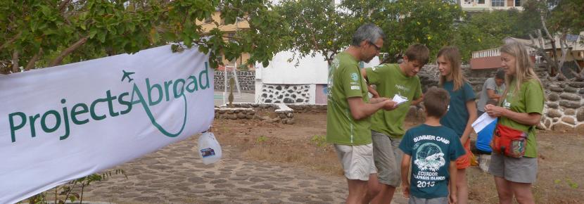 Als gezin kun je vrijwilligerswerk doen in het buitenland en een waardevolle bijdrage leveren aan een project