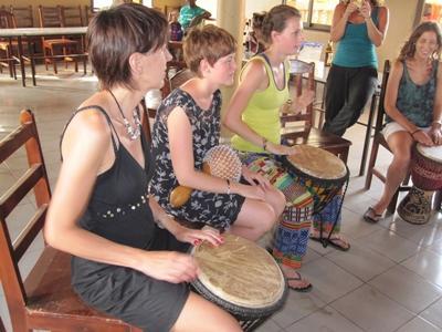 Vrijwilligerswerk kunst & handenarbeid project in Togo