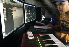 Maak kennis met de muziekindustrie van Zuid-Afrika en leer als vrijwilliger editen van professionals.