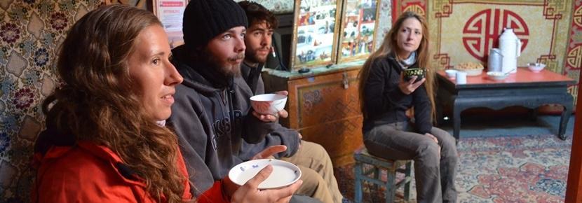 Vrijwilligerswerk bij een cultuur en samenleving project