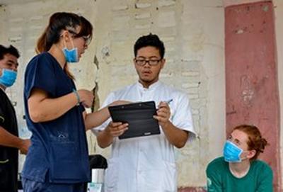 Tijdens het geneeskunde project in de Filippijnen leer je de lokale gezondheidszorg kennen.