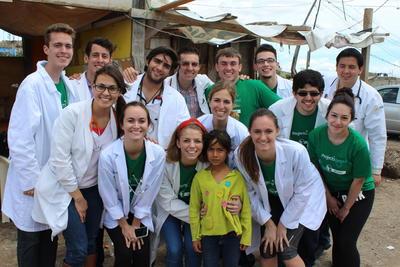 Als geneeskunde vrijwilliger kun je unieke ervaring op doen in het buitenland.