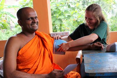 Tijdens gezondheidszorg vrijwilligerswerk in het buitenland verken je de praktijk en verbreed je je horizon.