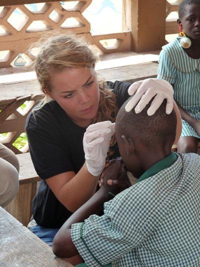 Wonden verzorgen met het verpleegkunde project