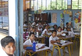 In Ecuador kun je lesgeven als vrijwilliger in een school op de Galapagos eilanden.