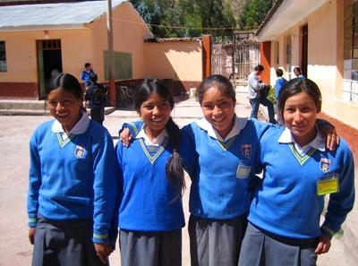 Lesgeven aan kinderen in Peru