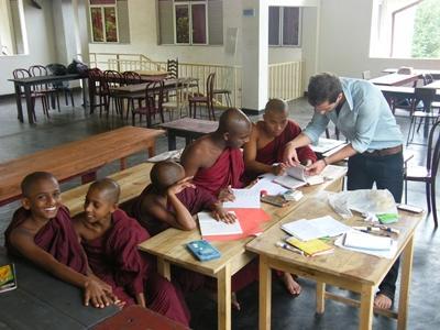 Vrijwilligerswerk lesgeef project in Sri Lanka