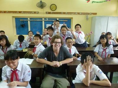 Lesgeven op een school in Vietnam