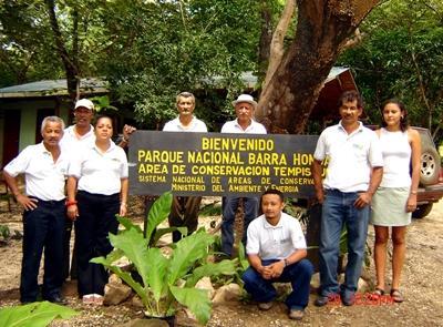 Medewerkers van het Natuurbehoud project