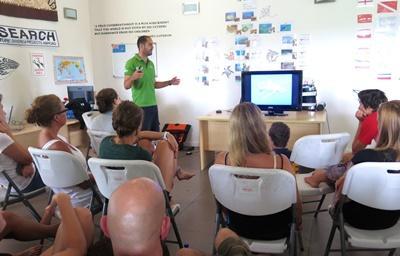 Diego teaching volunteers
