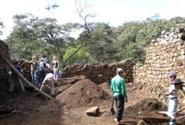 Als ervaren archeoloog kun jij vrijwilligerswerk doen bij opgravingen in Peru.
