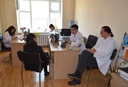 Werk samen met lokale psychiaters en help bij de behandeling van patienten in Mongolië.