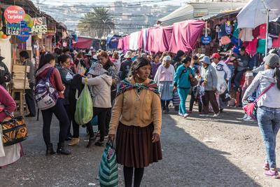 Veel vrouwen in Bolivia hebben te maken met geweld en het mensenrechten project probeert hen te helpen.