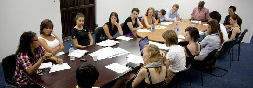 Vrijwilligerswerk bij een rechten project