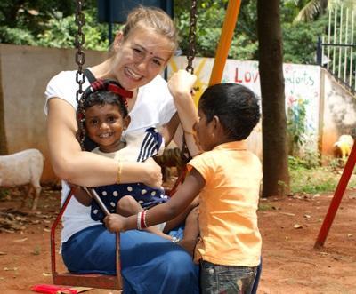 Schommelen in India