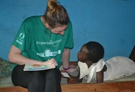 Tijdens je stage sociaal werk kun je meer leren over de sociale zorg in Ghana.