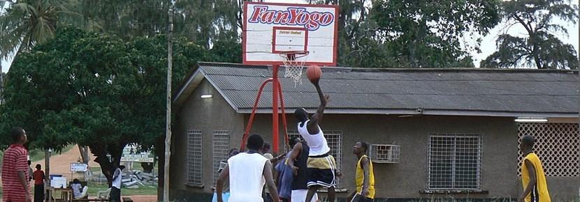Vrijwilligerswerk sport project basketbal