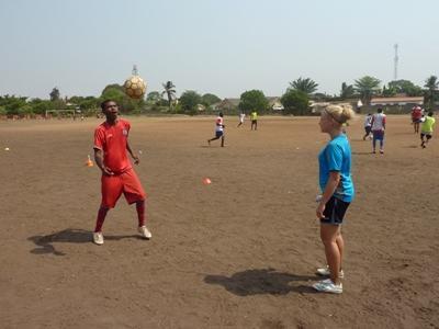 Vrijwilligerswerk voetbal project in Ghana