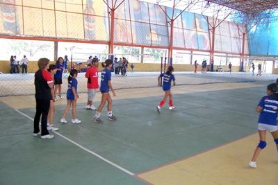 Sport project volleybal in Bolivia