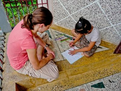 Help in een kinderdagverblijf en ontdek een nieuwe cultuur tijdens het Sociaal & Samenlevingsproject voor jongvolwassenen.