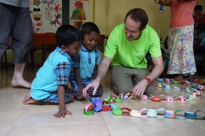 Tijdens de twintigersreis naar Sri Lanka help je mee op kinderdagverblijven en ontdek je een nieuwe cultuur.