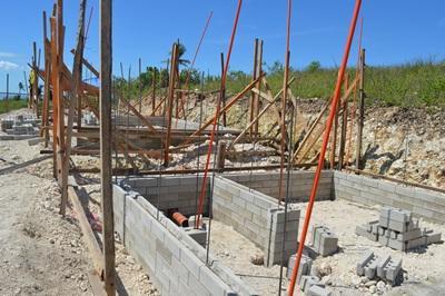Wederopbouw van een school